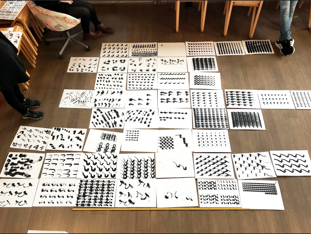 Computational drawing experiment with robotic painting, 2019, at the Bergen School of Architecture in collaboration with Machinic Protocols